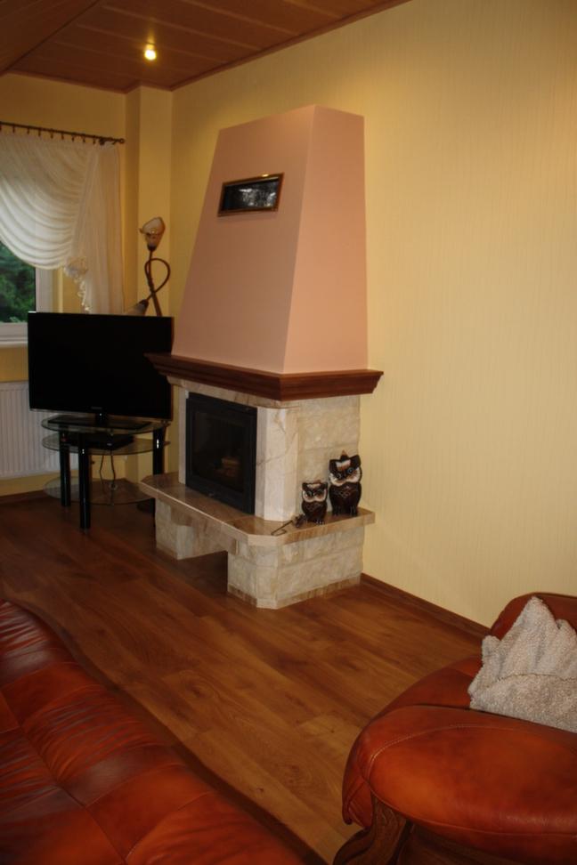 kominek tradycyjny z marmuru Oświęcim